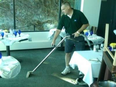 Restaurant Carpet Cleaning Cleveland Ohio 400x300